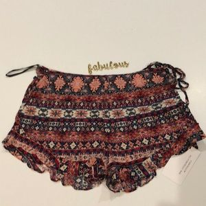 Cotton Candy LA blue & red boho shorts